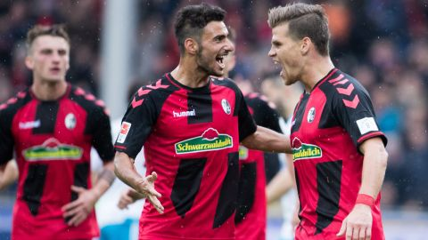 Freiburg down Schalke to go fifth