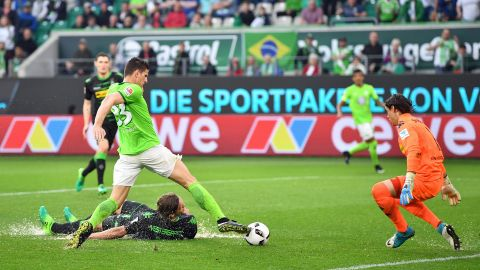 Watch: Wolfsburg 1-1 Gladbach - highlights