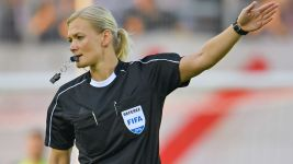 Steinhaus to become first female Bundesliga ref