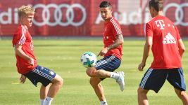 James unveiled and trains at Bayern!