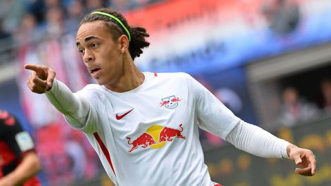 Leipzig striker Poulsen extends contract