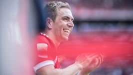 Lahm scoops GQ 'Men of the Year' award