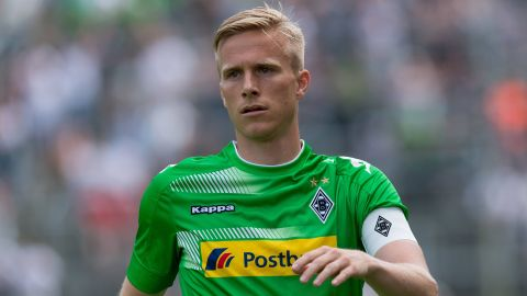 Wendt extends Gladbach stay