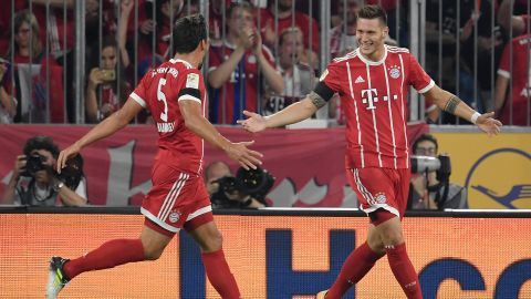 Dream debuts for Bayern trio