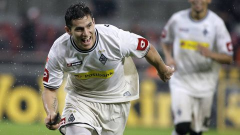 Watch: Bobadilla's stunner against Cologne