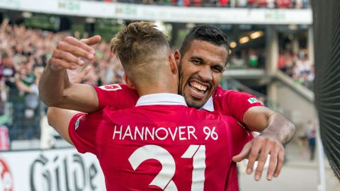 Jonathas at home at Hannover