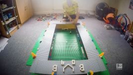 Watch: SIGNAL IDUNA built from Lego!