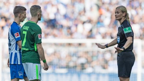 Hertha hold Bremen on Steinhaus' debut