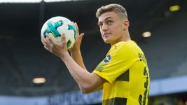 BVB starlet Larsen sinks Real Madrid U19s