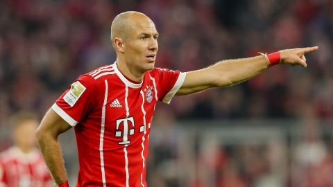 De Boer tells Robben: 'End career at Bayern'