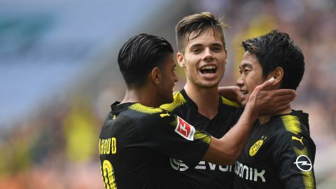 Dortmund pull five points clear with Augsburg win