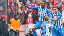 Hertha fight back to deny Bayern
