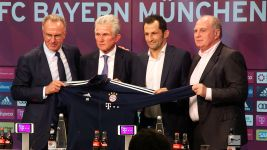 Watch: Jupp Heynckes back at Bayern