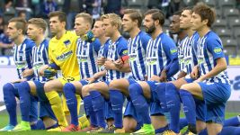 Watch: Hertha Berlin #TakeAKnee
