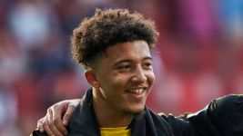 Sancho makes full Dortmund debut