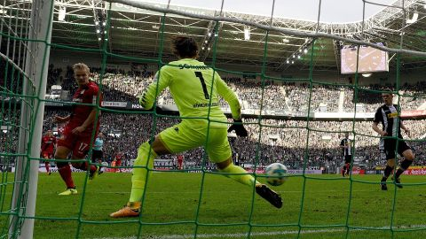 Watch: Gladbach 1-5 Leverkusen