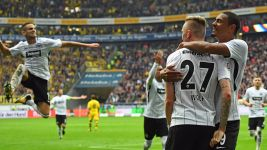 Frankfurt fight back against Dortmund