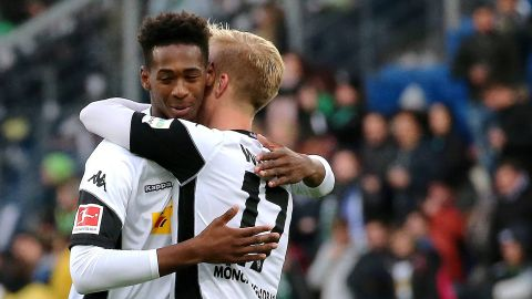 Gladbach's Oxford makes Bundesliga debut