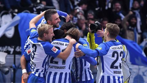 Hertha heap more misery on Hamburg