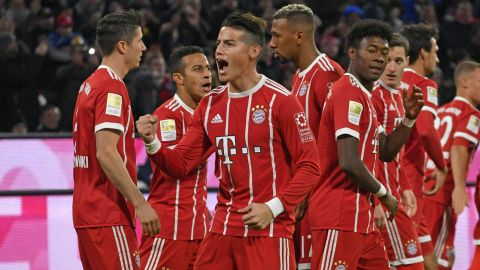 Bayern top after seeing off 10-man Leipzig