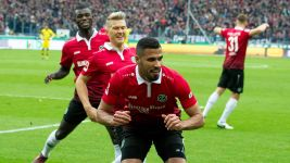 Giant killers Hannover in seventh heaven