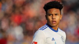 Schalke's McKennie hoping for USA lift-off