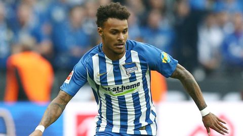 Lazaro signs permanent deal at Hertha