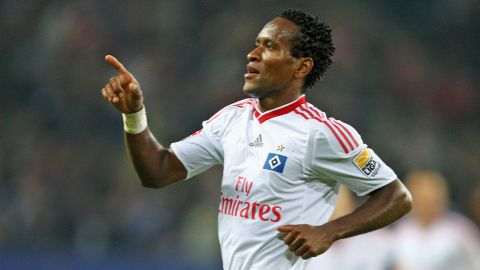 Watch: Ze Roberto's top 5 Bundesliga goals