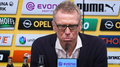"Watch: Stöger: ""I trust myself, and the club"""