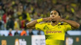 Aubameyang confirms new Dortmund deal