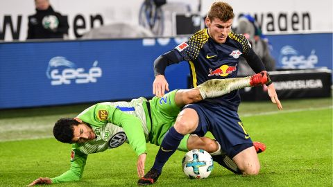 Wolfsburg hold second-placed Leipzig