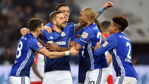 High drama as Schalke prevail against Augsburg