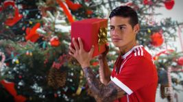 Watch: Merry Christmas from the Bundesliga!