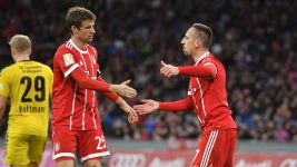 Müller and Ribery inspire Bayern to friendly win