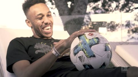 Watch: Aubameyang has surprise for 100th goal!