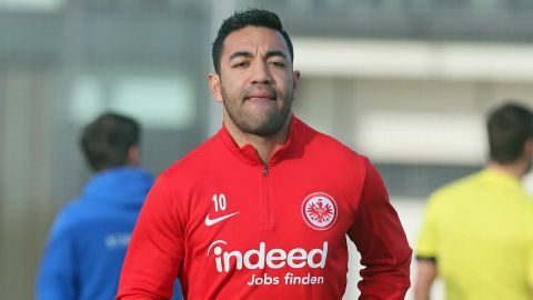Frankfurt's Marco Fabian set for February return