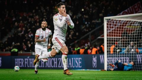 James nets stunner for Bayern in Leverkusen