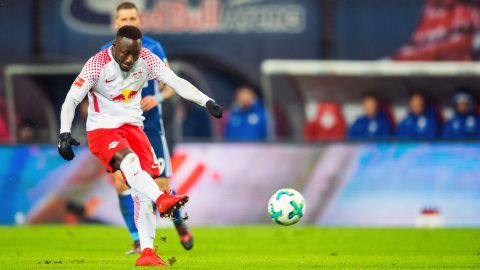 Leipzig leapfrog Schalke into second
