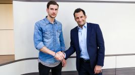 Watch: Bayern look to future with Goretzka