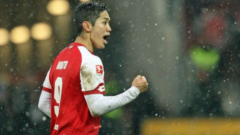 Muto double helps Mainz past Stuttgart