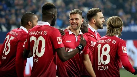 Watch: Schalke 1-1 Hannover