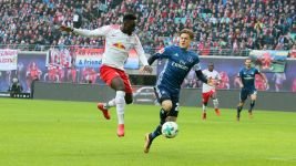 Leipzig held by gritty Hamburg