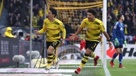 Kagawa emerges as Dortmund's shining light