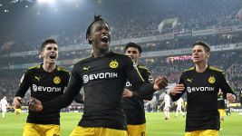 Batshuayi at the double as Dortmund down Cologne