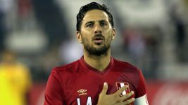 World Cup door open for Pizarro