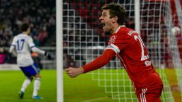 Bayern win without Heynckes