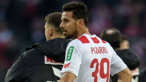 Pizarro goal ruled out as Hannover hold Cologne