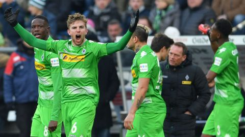 Kramer stunner helps Gladbach to Hannover win