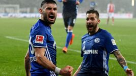 Caligiuri fires Schalke to win over Mainz