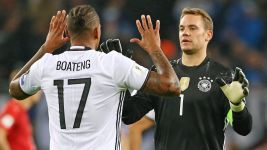 Germany duo hopeful of Neuer return